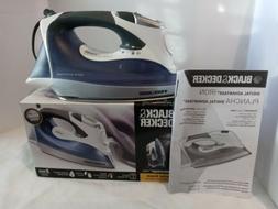 Black & Decker Digital Advantage Auto-Off Iron - D2530